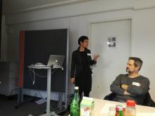 Impression E-LearningNRW Workshop Lehrerbildung: Referentin Junior Professorin Schiefner-Rohs und Teilnehmer