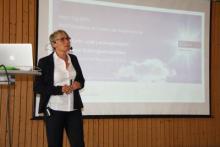 Bettina Waffner spricht beim MINT-Tag NRW